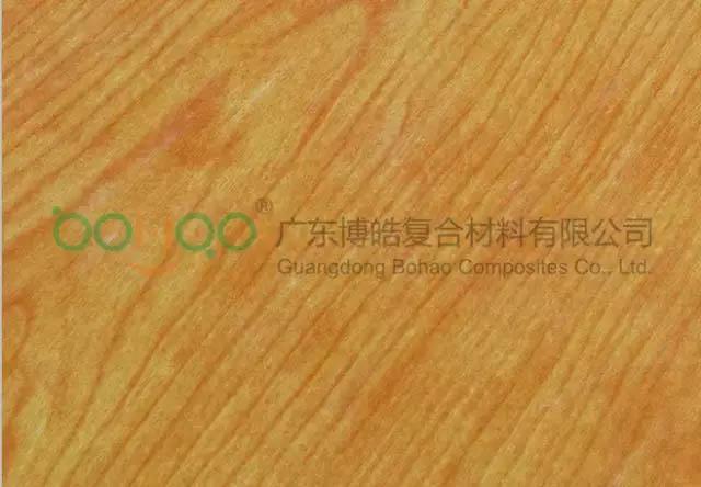 彩色聚酯表面毡制作的木纹板