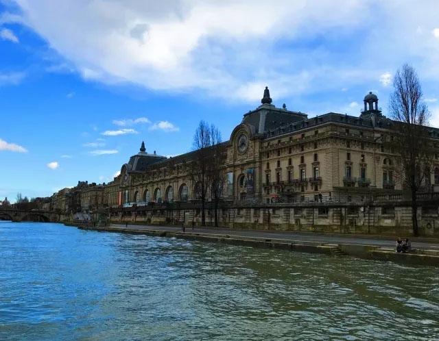 《告白气球》取景点:塞纳河畔