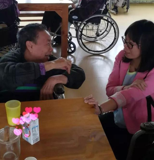 广东博皓公司越鹰队和豪鹰队赴广州松明尚苑颐养院做公益活动-5