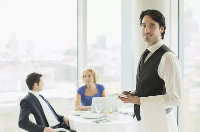 要做到优质的服务,得先自己心里有服务意识