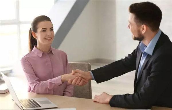 企业核心竞争力的真正定义是为客户提供了独特的客户价值的团队执行能力