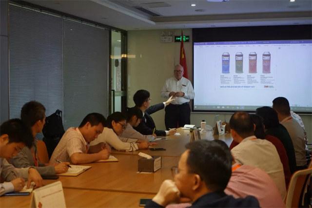 Stoner公司给广东必发365官网带来了新产品,主要有热塑性脱模剂套装和水性管道脱模剂