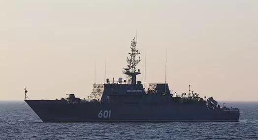 长61米!采用真空成型工艺的世界上最大的单片玻璃纤维船体第三艘新舰扫雷舰即将下水