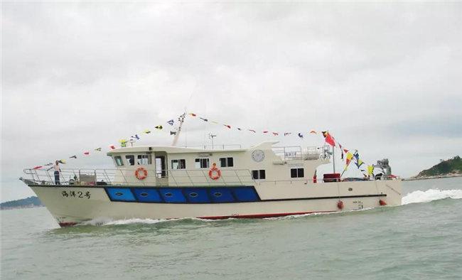 AOC力联思胶衣应用案例之渔政公务艇