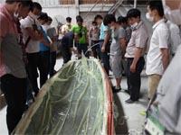 真空成型演示--第七期广东必发365官网玻璃钢模具制作培训班