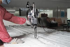 大洋牌裁布机 大功率半自动电动裁剪机 玻纤毡布电动裁剪工具 广东玻璃钢工具设备厂家