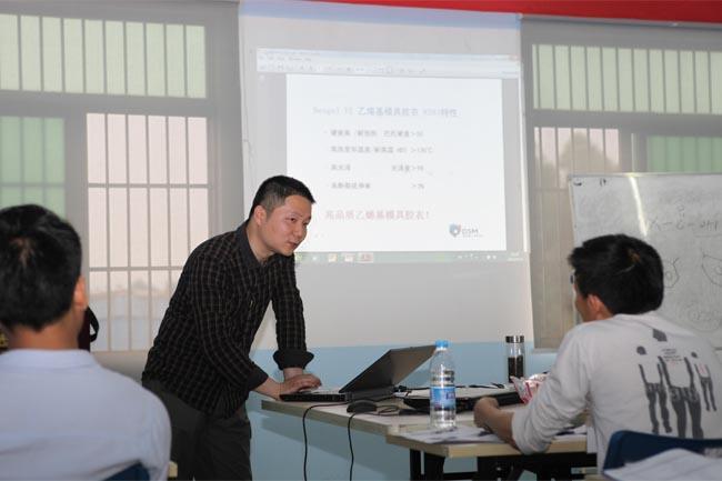伍昊工程师与学员互动交流