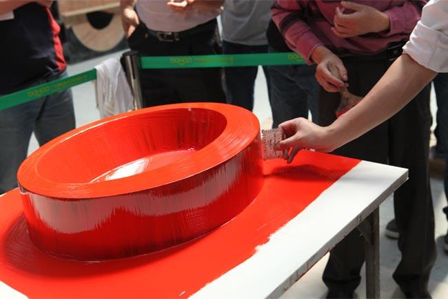 专业工具测量胶衣厚度