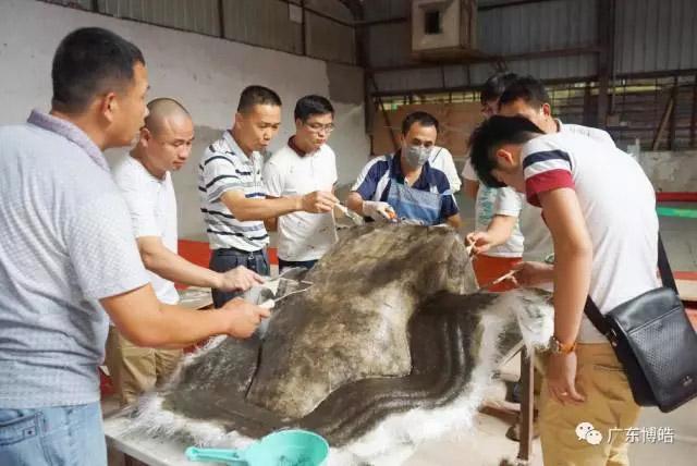 中国不饱和聚酯树脂行业协会 华南玻璃钢新技术交流培训中心第三期玻璃钢模具制作培训班-15